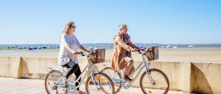Balade à vélo avec les balades tchanquées crédit photo Agence les Conteurs